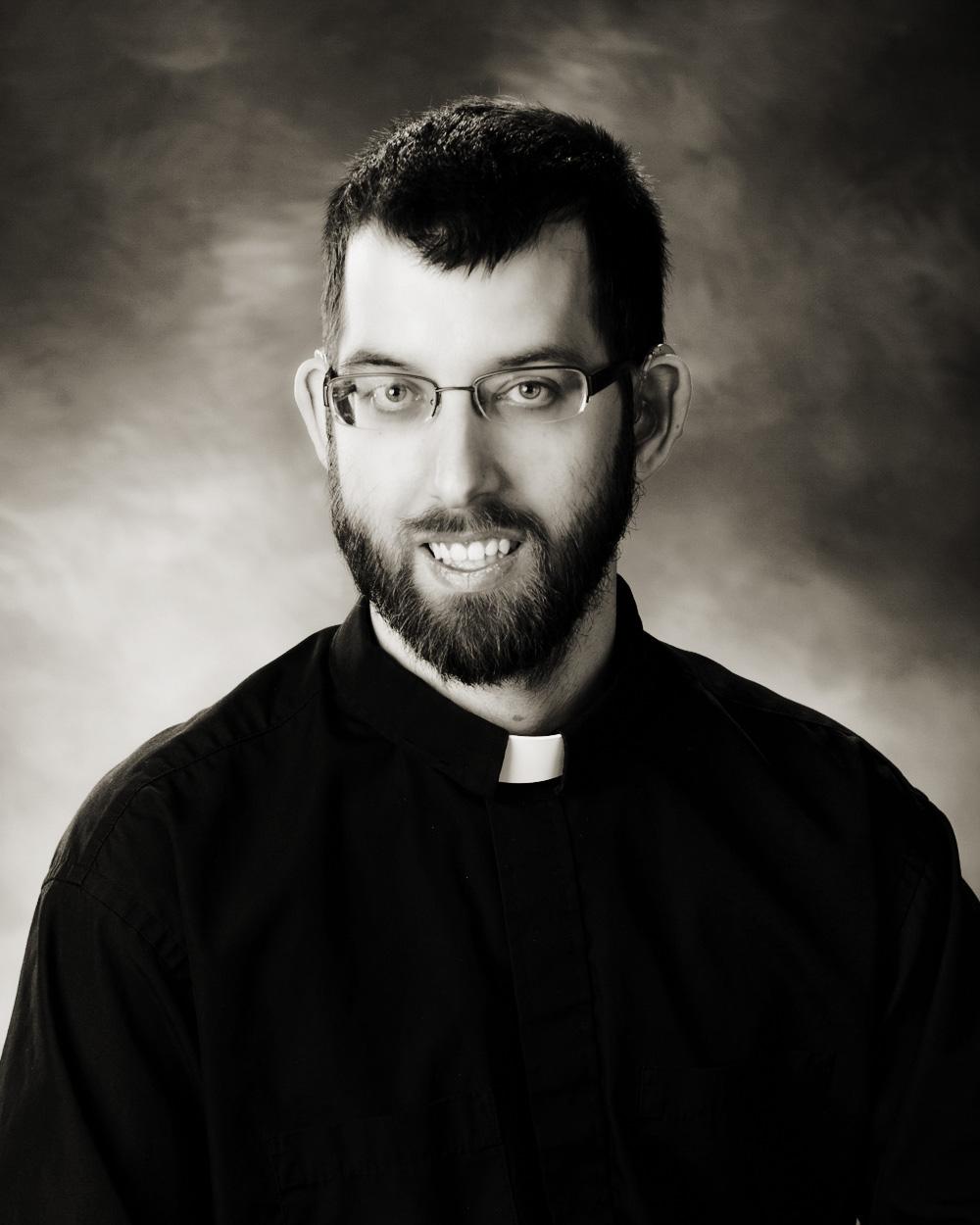 Vicar Joshua Reinke